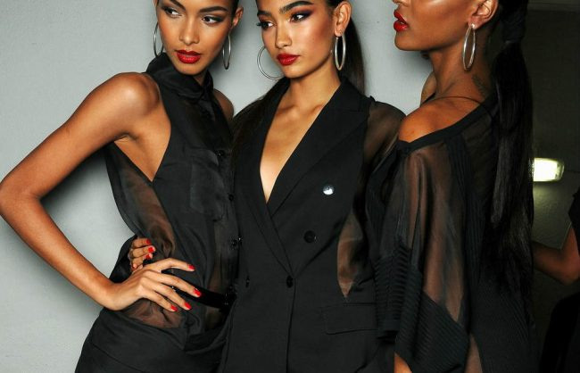 sleek pony tails and buns (video)
