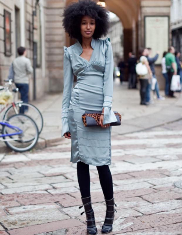 julia_sarr_jamois_grey_dress