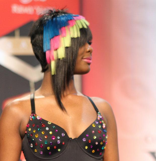 hair_show_geometric_multicolors
