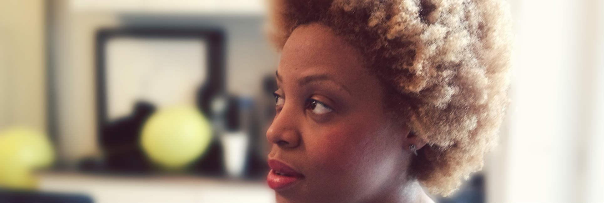 Black Hair In Paris Polished Hair Care Salon Un Ruly