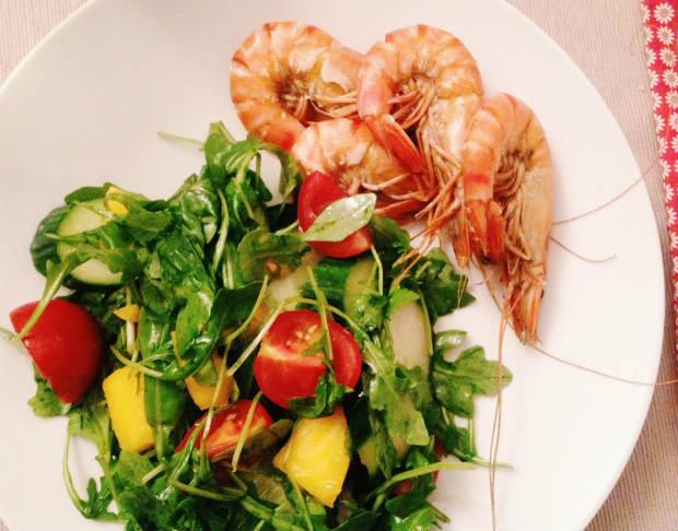 un'ruly life: mango salad with shrimp, #eatpretty