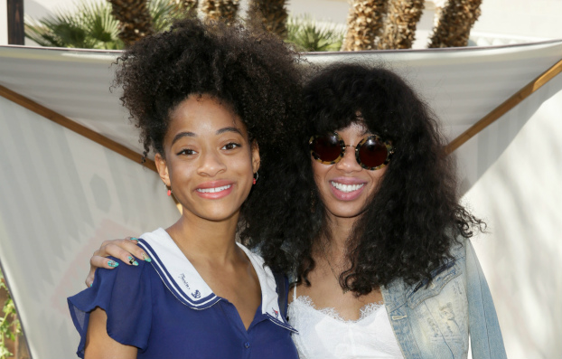 04212015_KiloKish_KittyCash_NaturalHair_Wig_Curls_Updo_Bang_MediumLengthHair