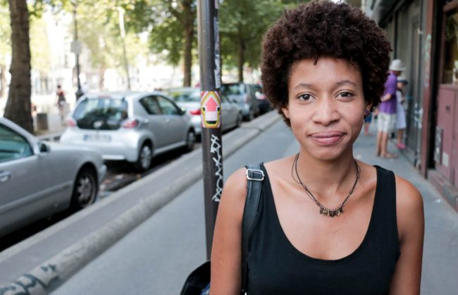On the Street, Paris: Chloé's Not-so Teeny Weeny Afro