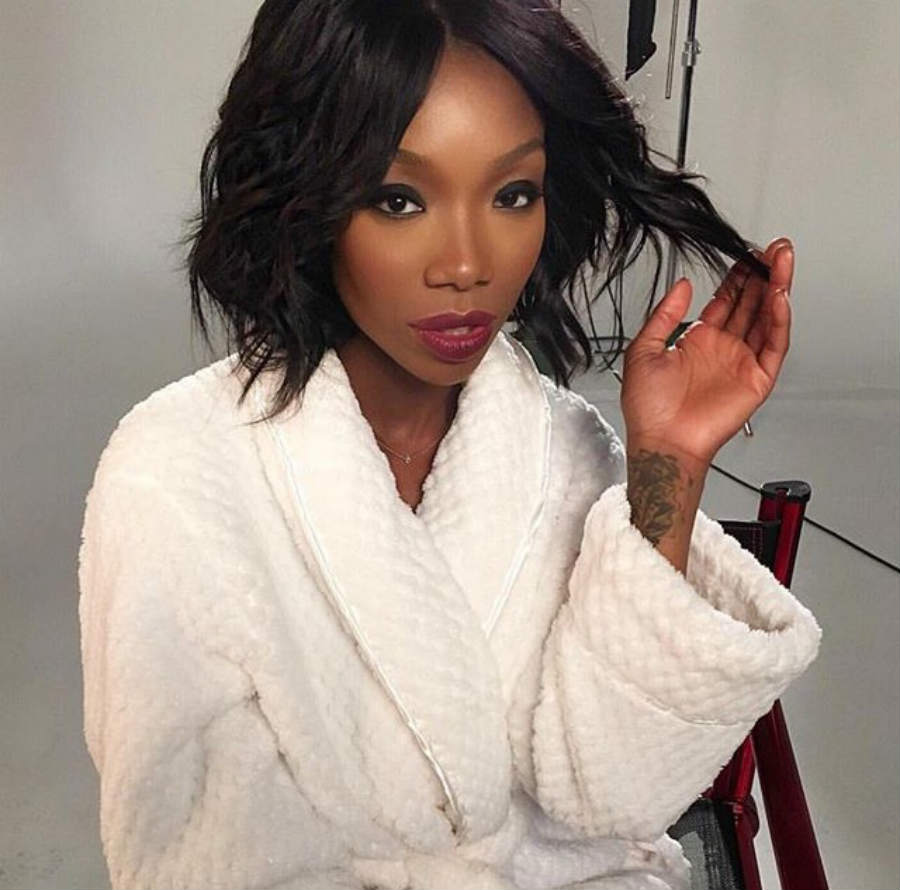 Brandy_Norwood_Wig_Straight_Bob_Waves